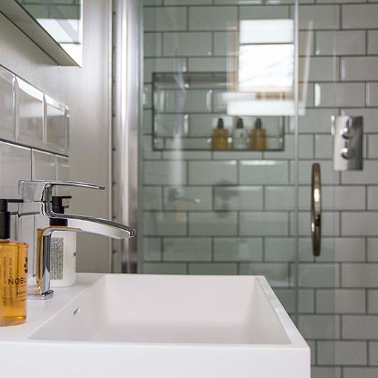 Ferry Inn, Isle of Skye, Room Two Bathroom